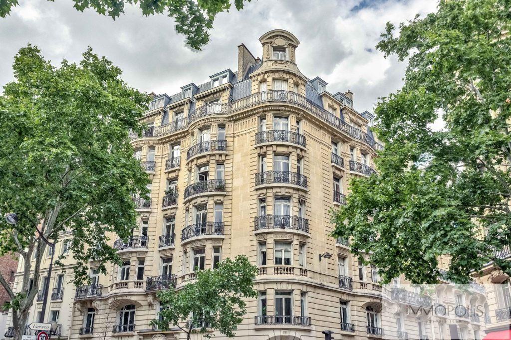 Appartement de réception Paris VII – 6 pièces de 205m2 9