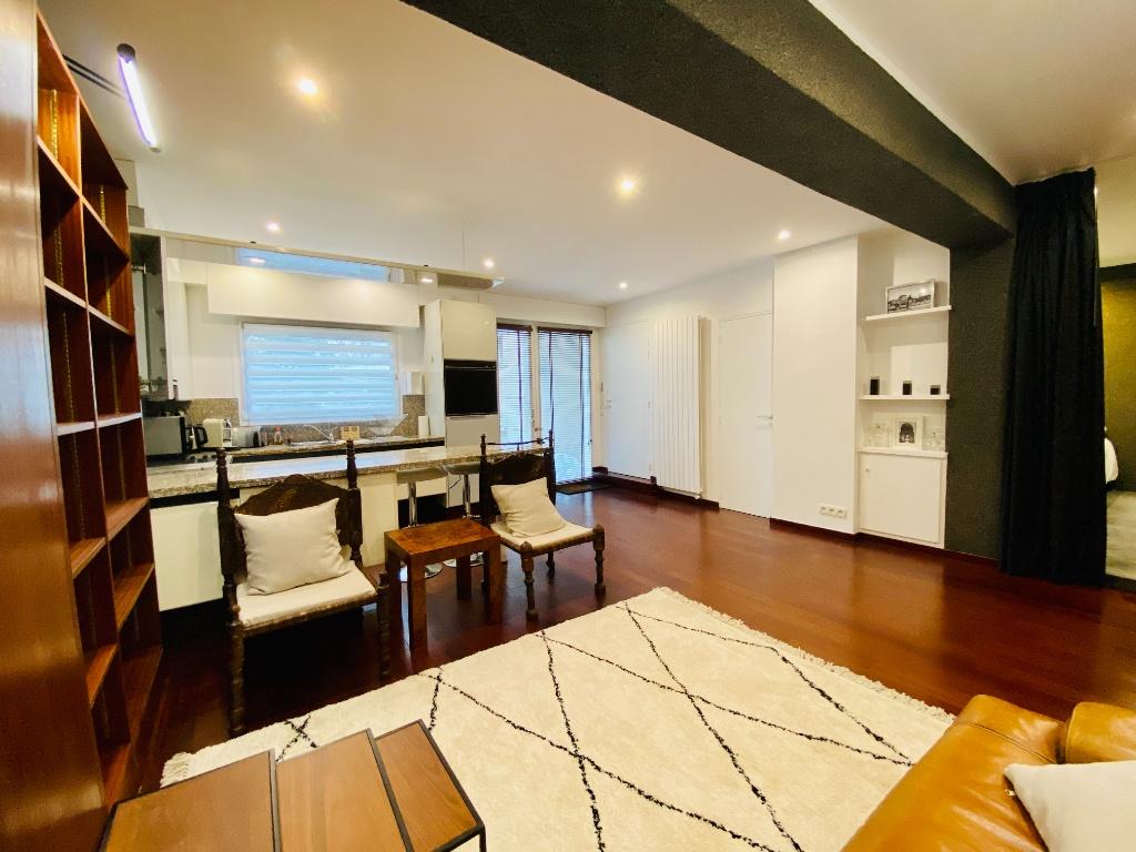 Appartement Paris 2 pièce(s) 51 m2 3