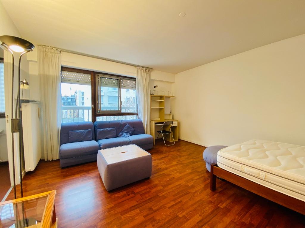 Apartment PARIS 18 – 1 room (s) – 34 m2 1