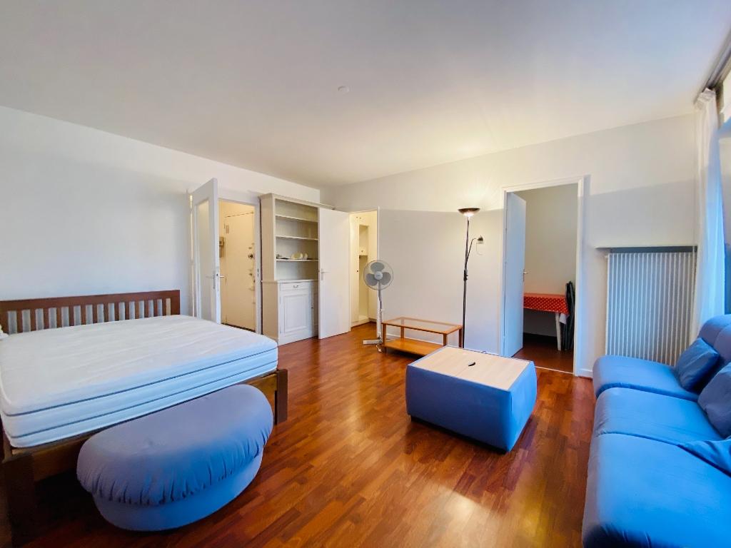 Apartment PARIS 18 – 1 room (s) – 34 m2 2