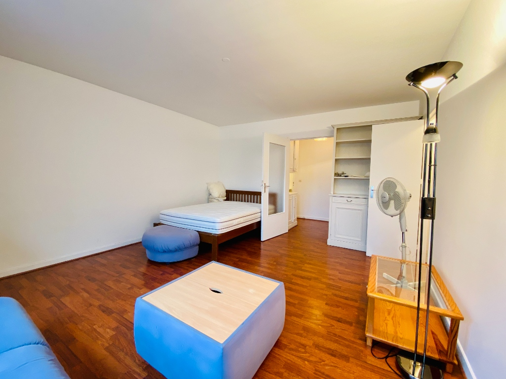 Apartment PARIS 18 – 1 room (s) – 34 m2 3
