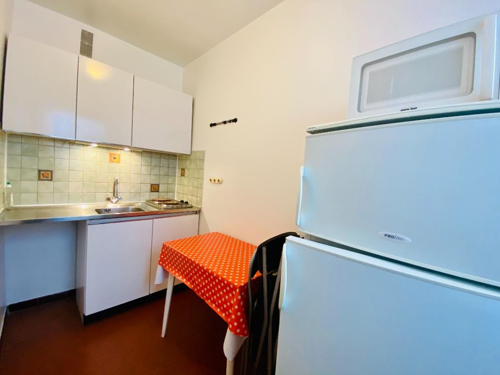 Apartment PARIS 18 – 1 room (s) – 34 m2 5