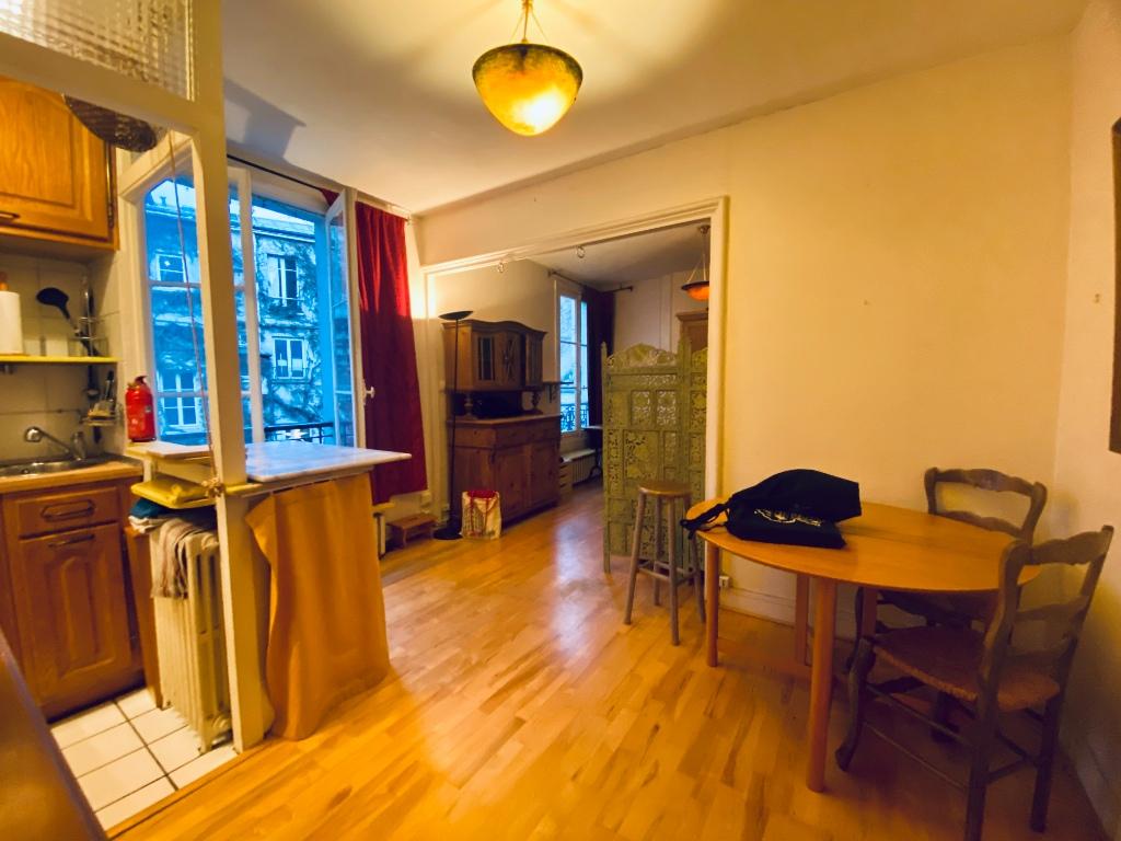 Studio meublé Ile de la Cité 2
