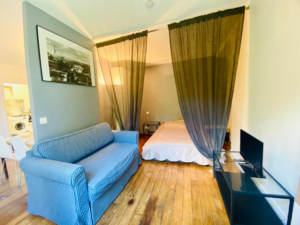 Paris apartment 2 room (s) 31.28 m2 2