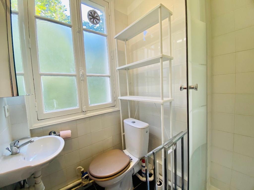 Paris apartment 2 room (s) 31.28 m2 9