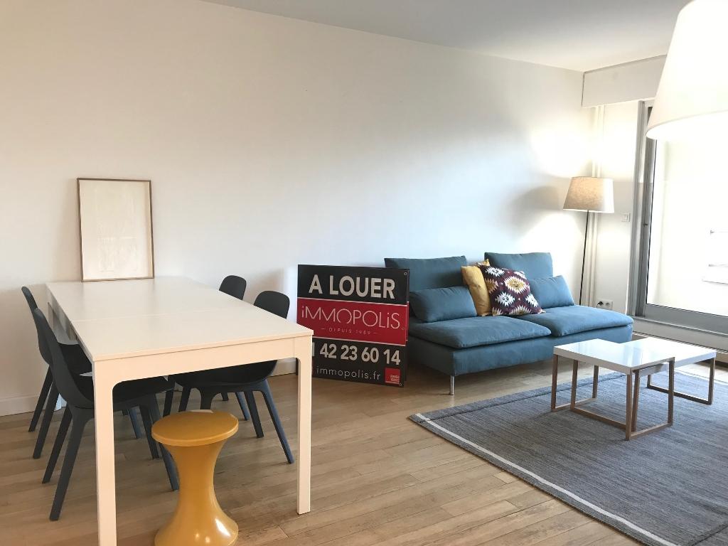 Appartement Paris 75011; 3 pièce(s) meublé 65 m2 1