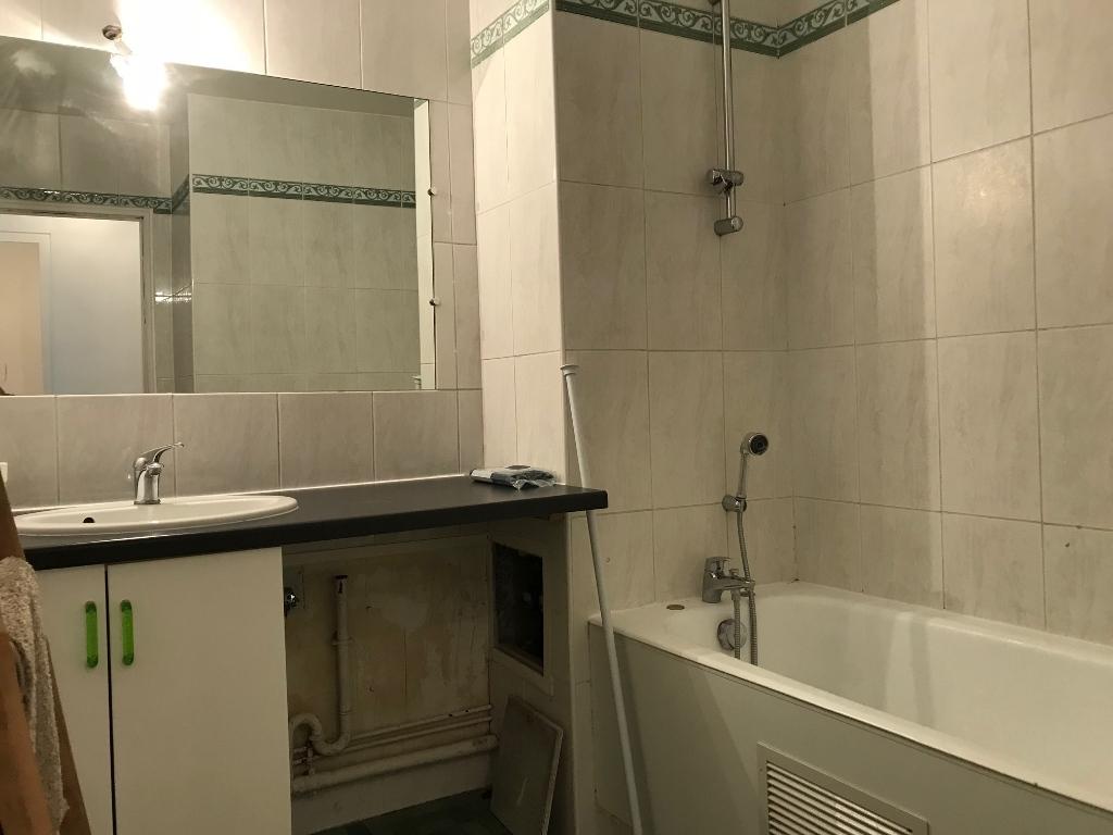 Appartement Paris 75011; 3 pièce(s) meublé 65 m2 7