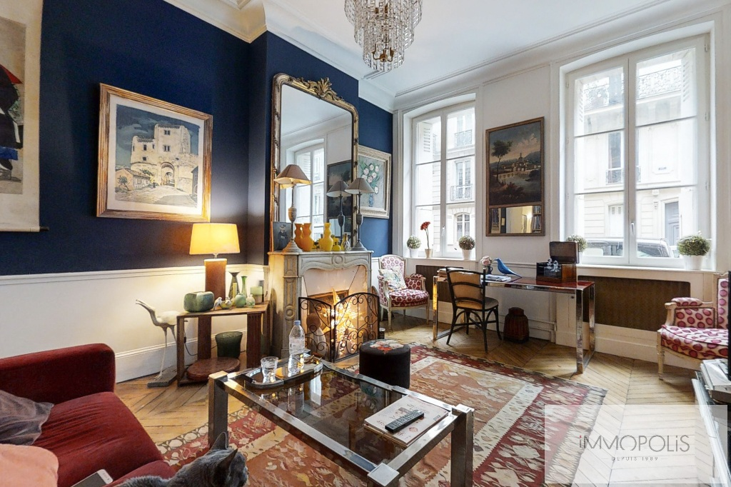 Appartement de charme, rue Moncey, Paris IX. 4