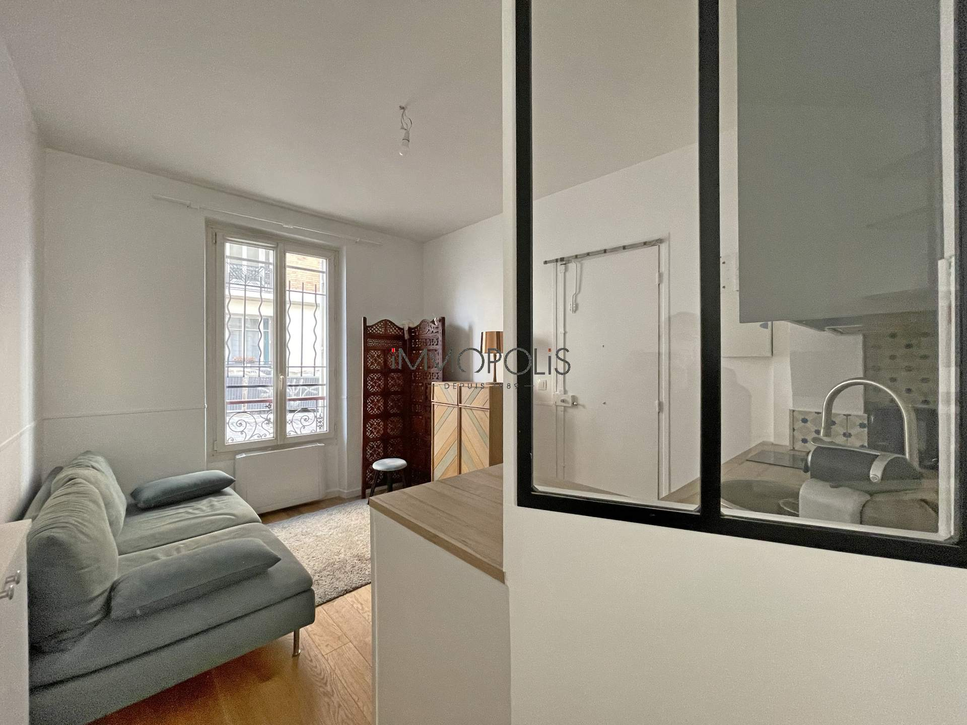 2 charming duplex rooms in Montmartre, rue Gabrielle 1