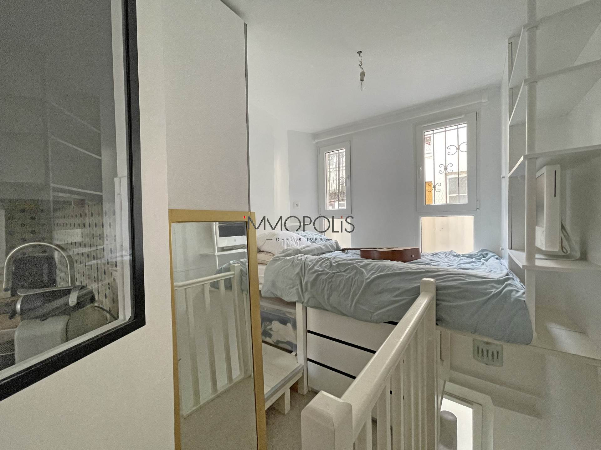 2 charming duplex rooms in Montmartre, rue Gabrielle 5