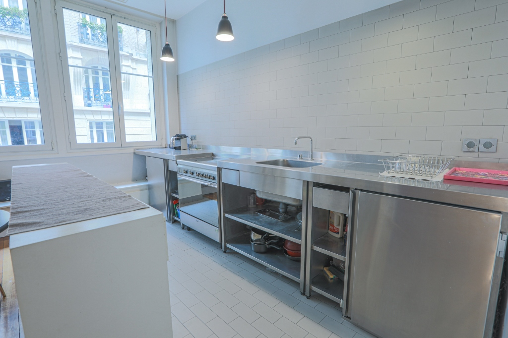 Apartment «loft spirit» Lamarck Caulaincourt district 4