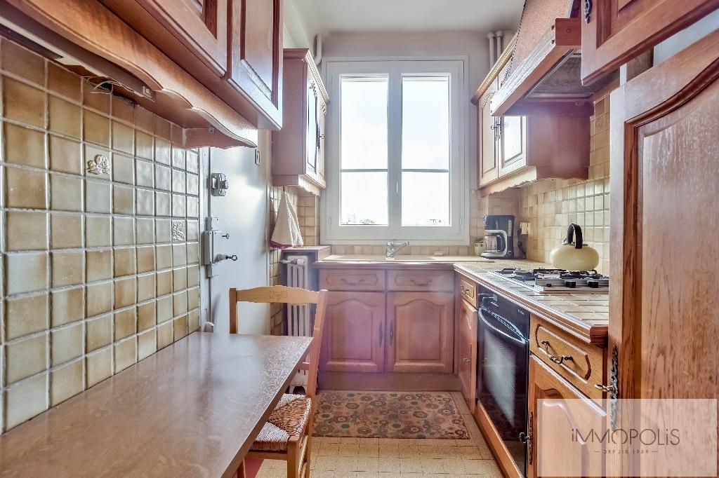 Montmartre, rue Caulaincourt, bel appartement de 76 M² en 2e étage avec ascenseur, beaux volumes ! 8