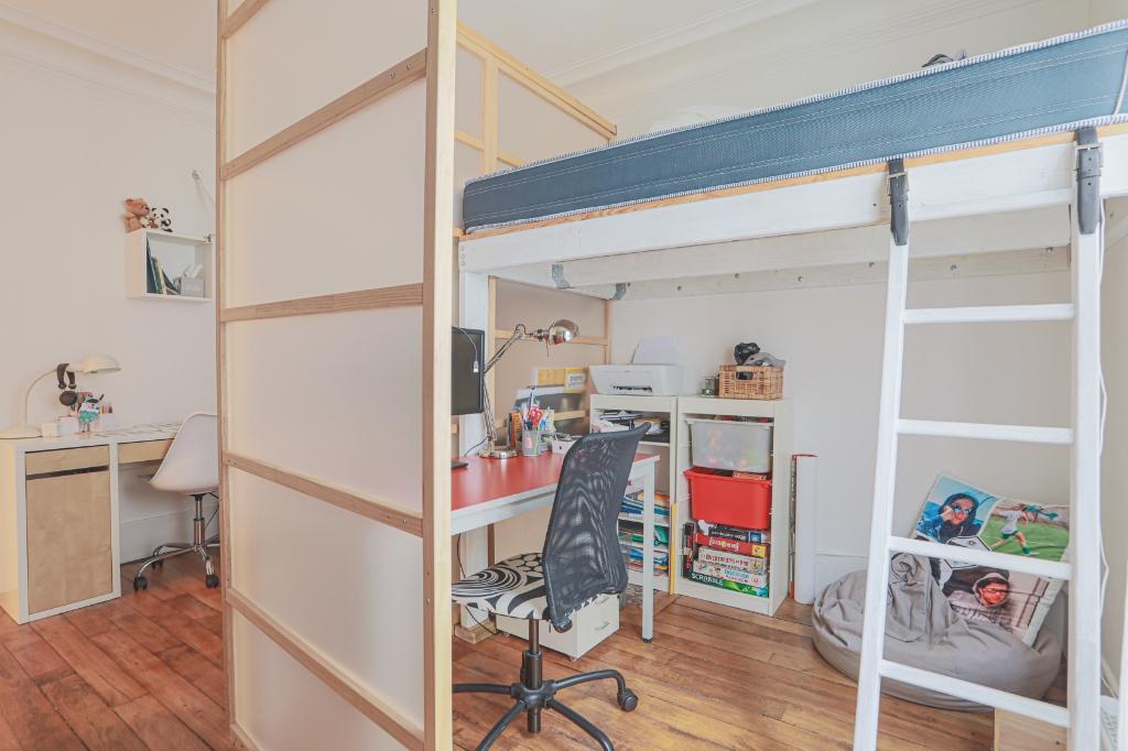 Beautiful 3 rooms Rue Custine 6
