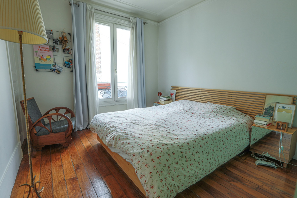 La FOURCHE near batignolles – beautiful 3 room 2 bedroom apartment – 58.06m² 6