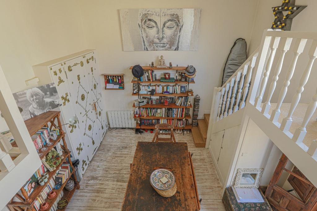 Atelier d'artiste  de 94 m2 Anvers/Rochechouart 5