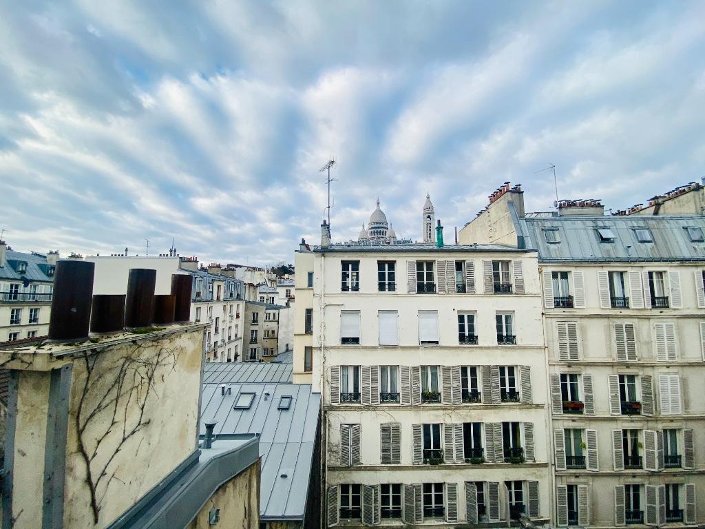 Paris apartment 2 room (s) 45 m2 1