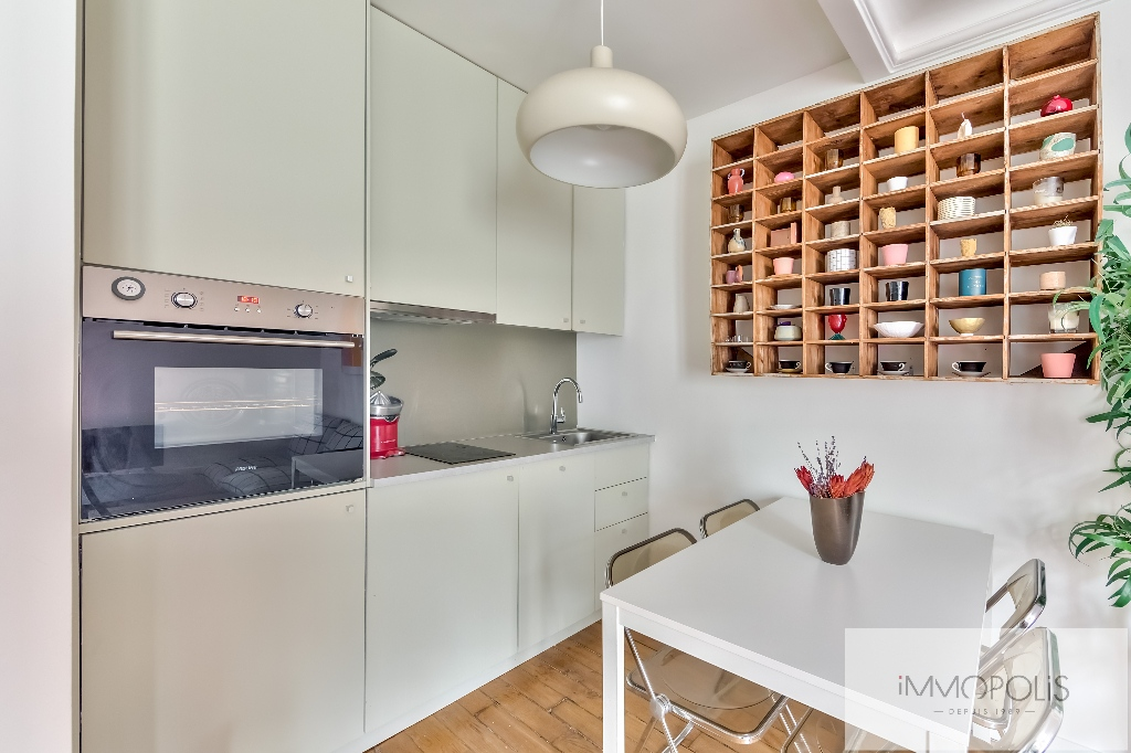 Exclusivity: Montmartre, very nice apartment renovated by architect in 4th and last floor! 3