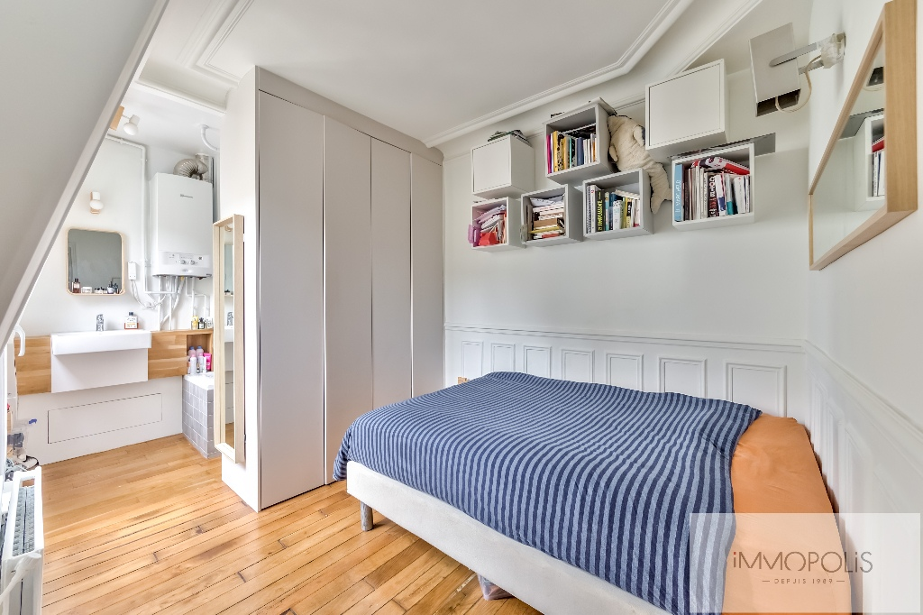 Exclusivity: Montmartre, very nice apartment renovated by architect in 4th and last floor! 6