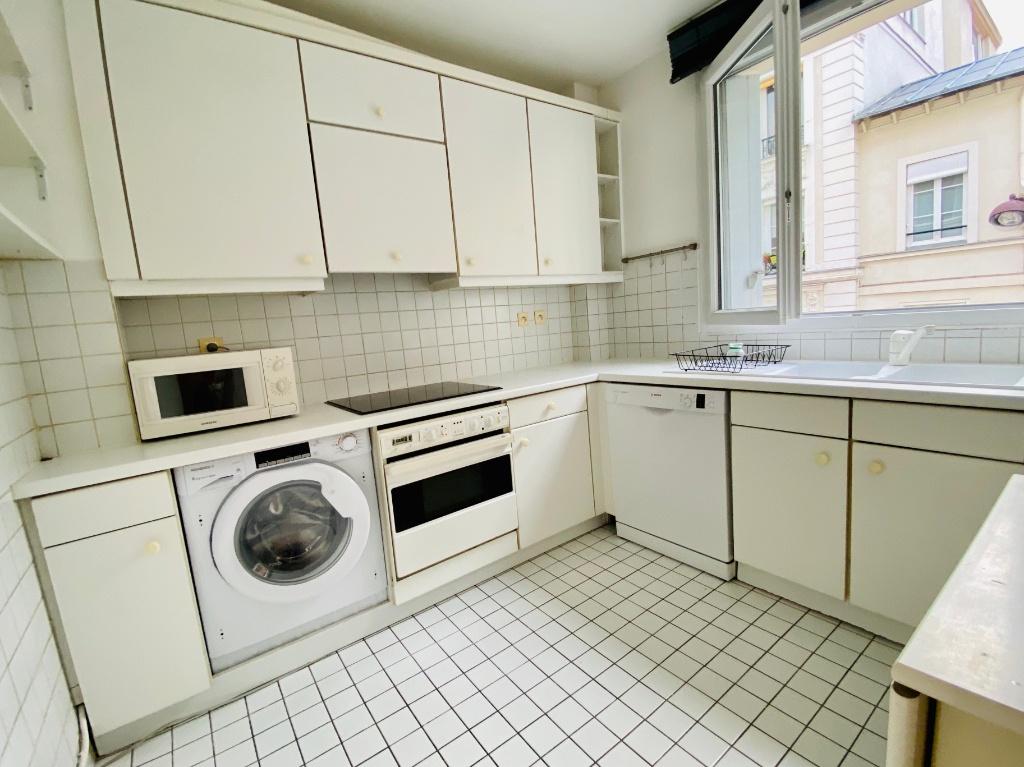 Appartement Montmartre Paris 2 pièce(s) meublé 50 m2 5