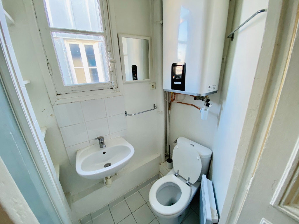 Appartement PARIS 18 – 1 pièce(s) – 18m² 6