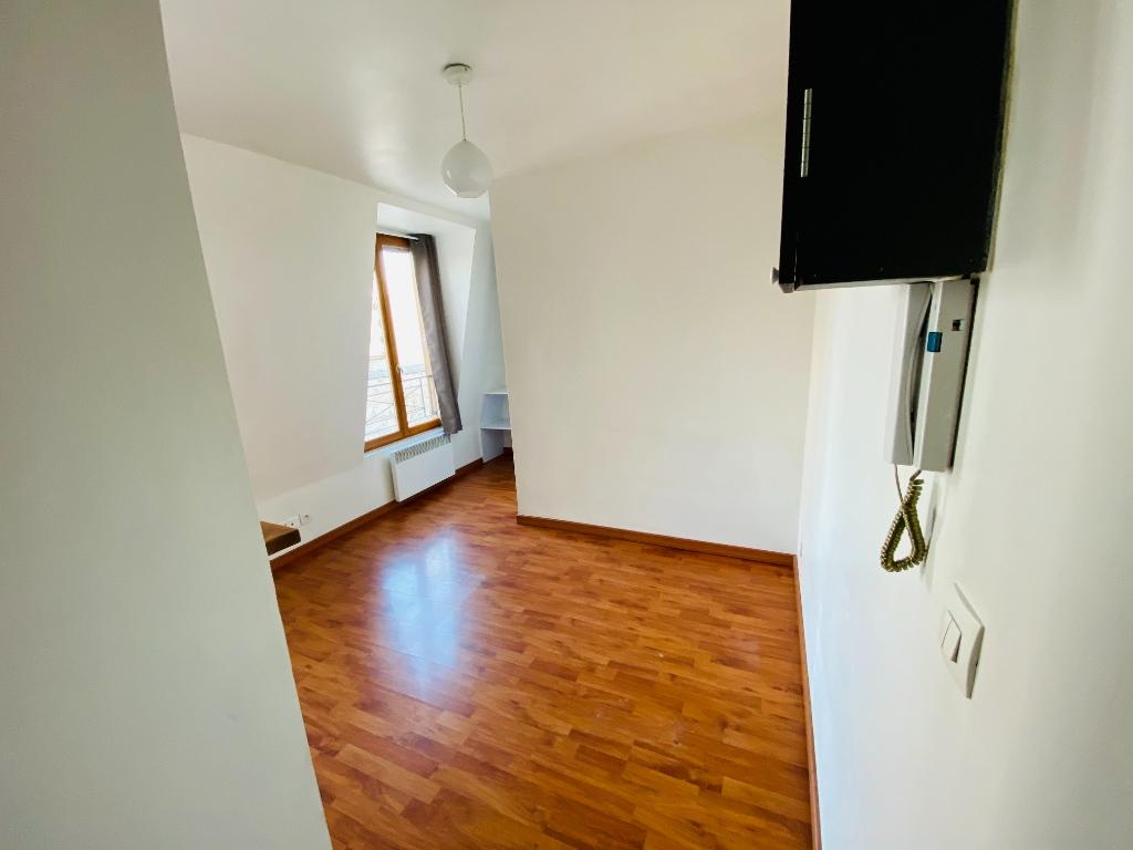 Paris 18 – studio 16 m² 5