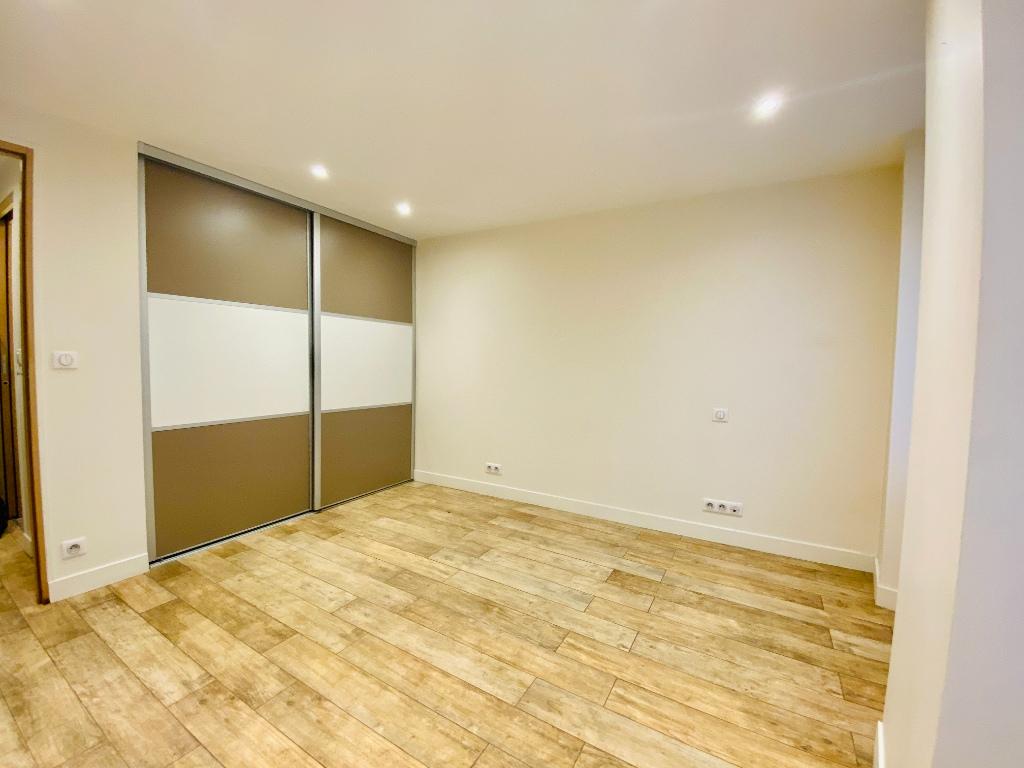 Appartement Paris 2 pièce(s) 34.9 m2 4