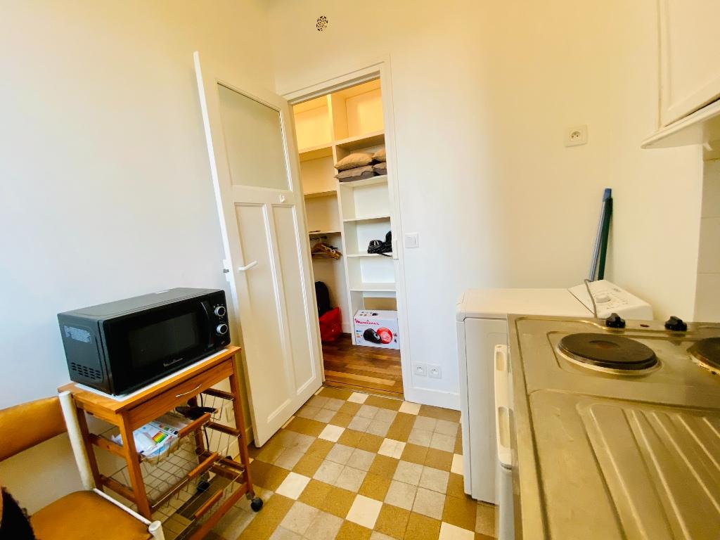 Furnished studio with elevator – 22m² – Montmartre – Paris 18th 6