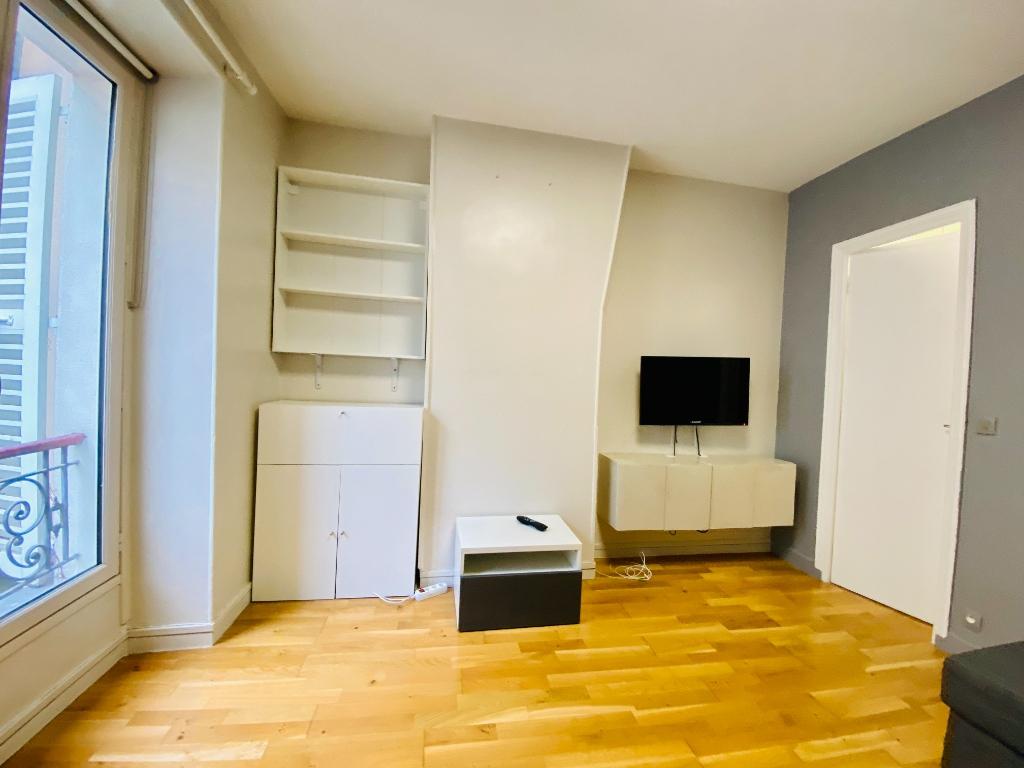 Furnished Apartment Paris 2 Room (s) 30 m2 2