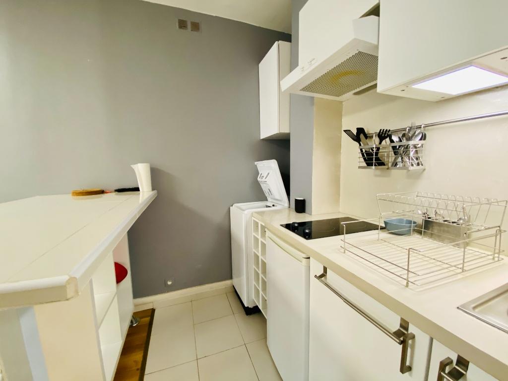 Furnished Apartment Paris 2 Room (s) 30 m2 5