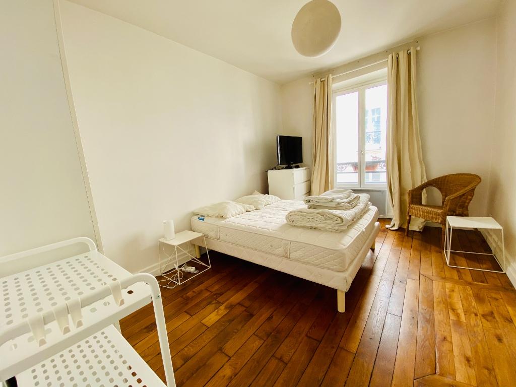 Montmartre – 2 piece (s) 26.09 m2 3