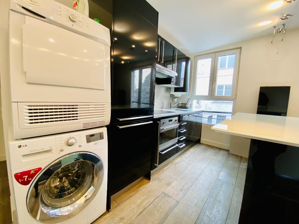 Apartment Paris 2 Room (s) 47 m2 5
