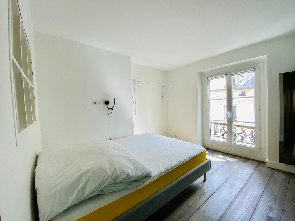Apartment Paris 2 Room (s) 47 m2 7