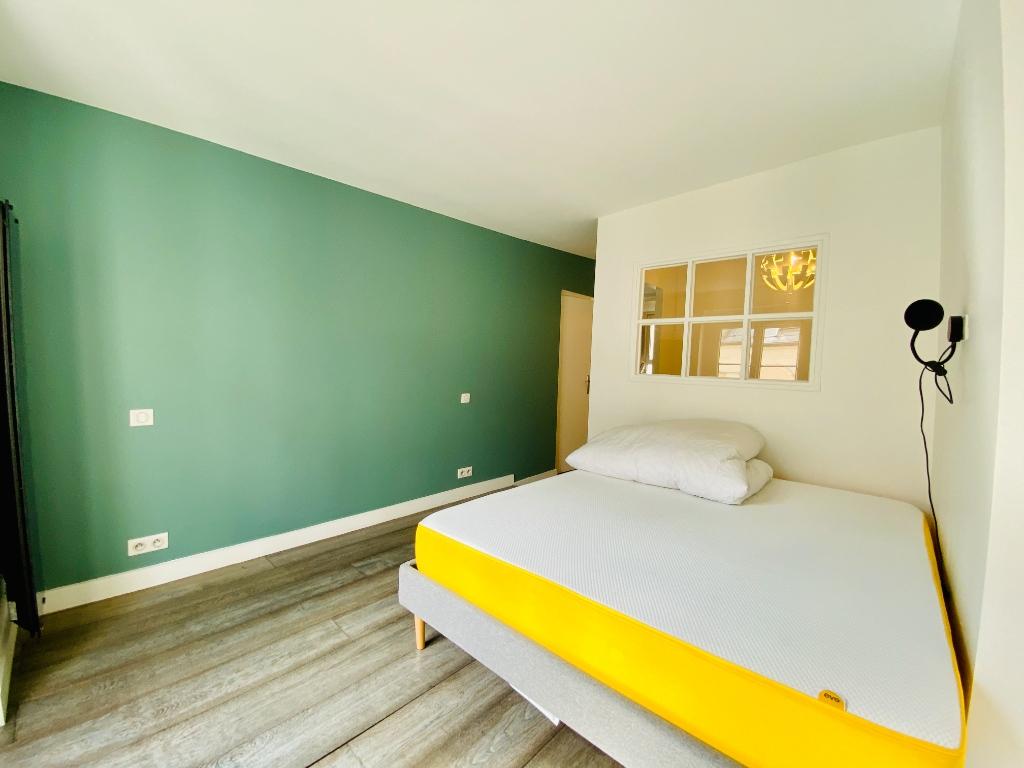 Apartment Paris 2 Room (s) 47 m2 8