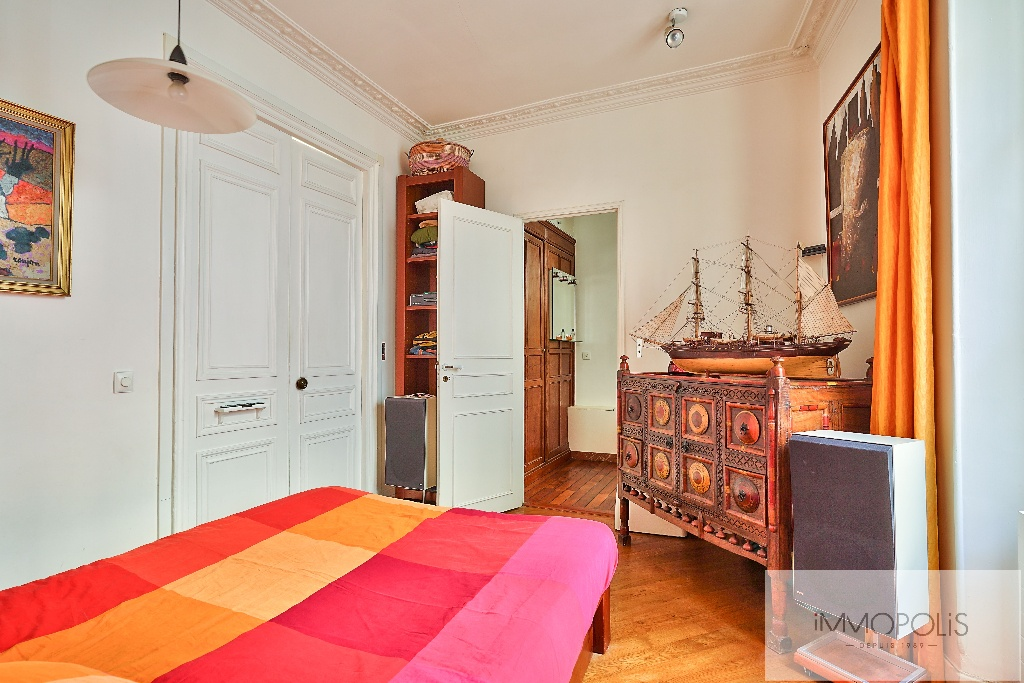 Apartment with unobstructed views, Abbesses Paris XVIII. 7