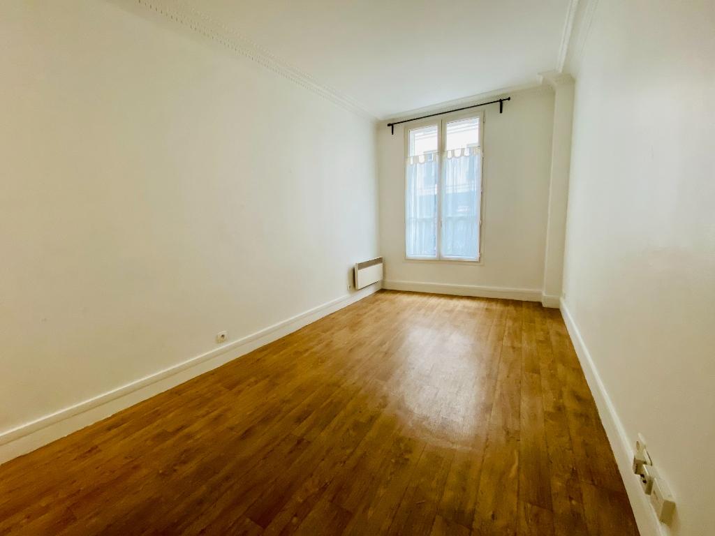 Appartement PARIS 18 – 1 pièce – 18.65 m2 2