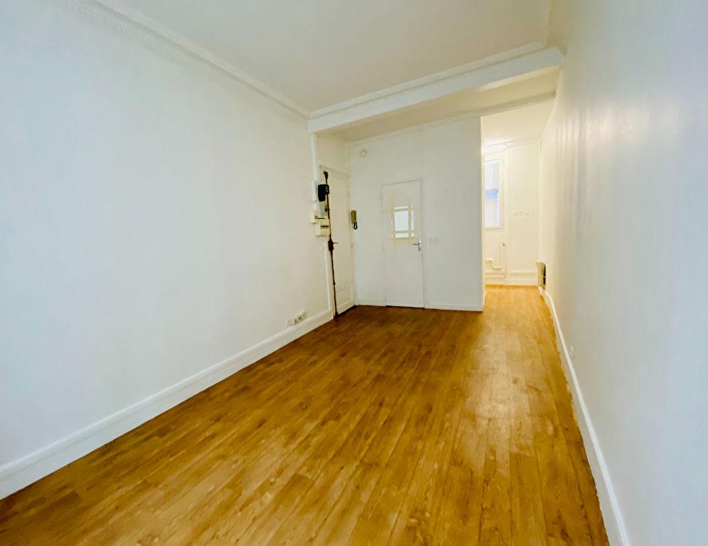 Appartement PARIS 18 – 1 pièce – 18.65 m2 3