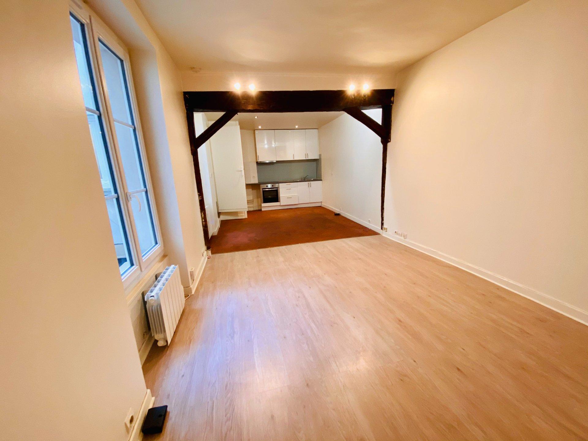 Montmartre – 1 pièce vide – 33 m2 4