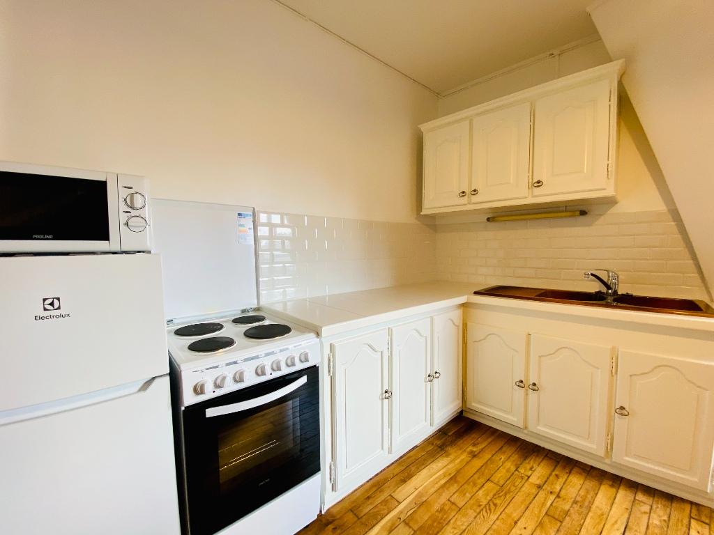Appartement Paris 2 pièces meublé 32 m2 5