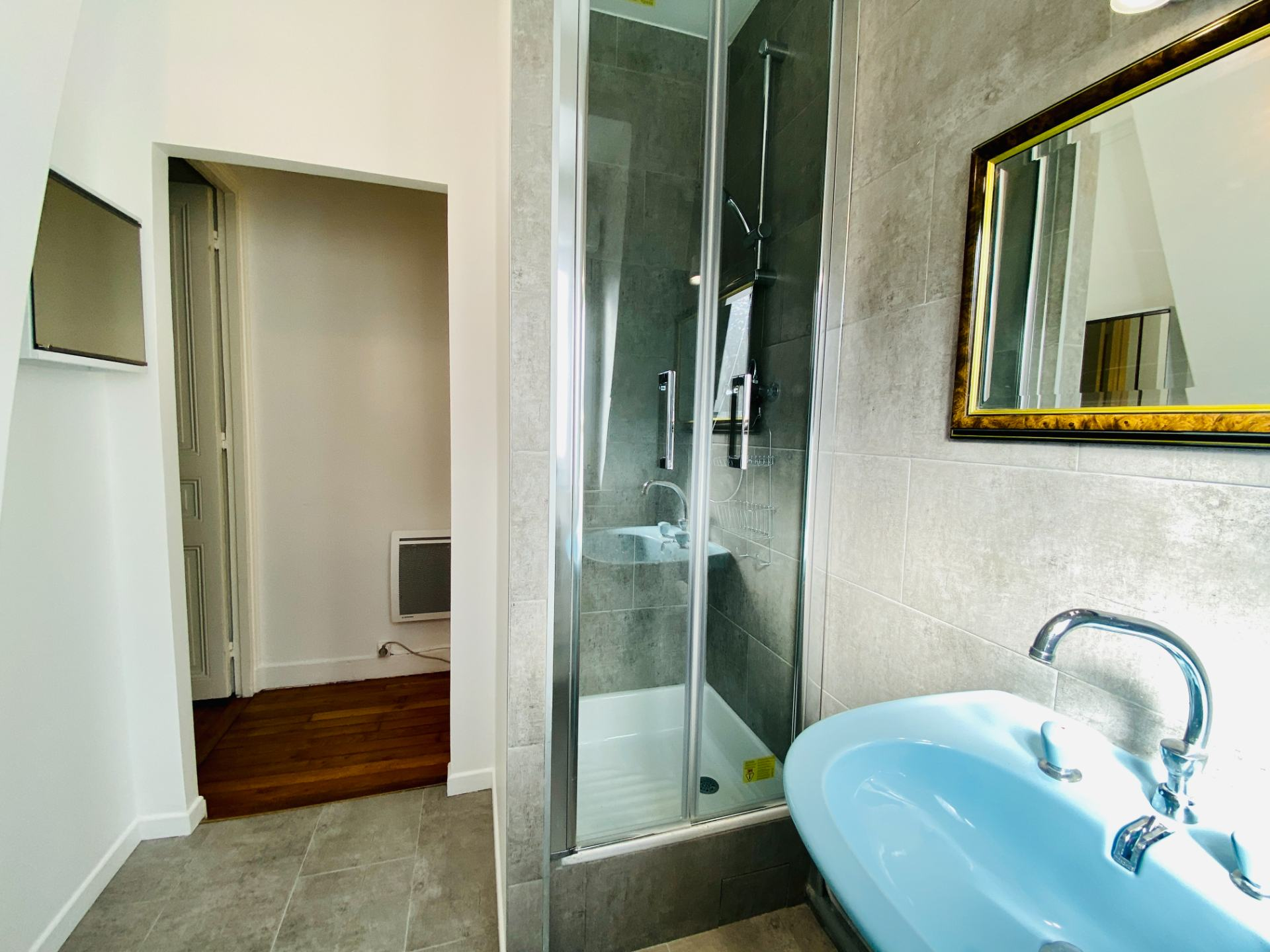 Appartement Paris 2 pièces meublé 32 m2 8