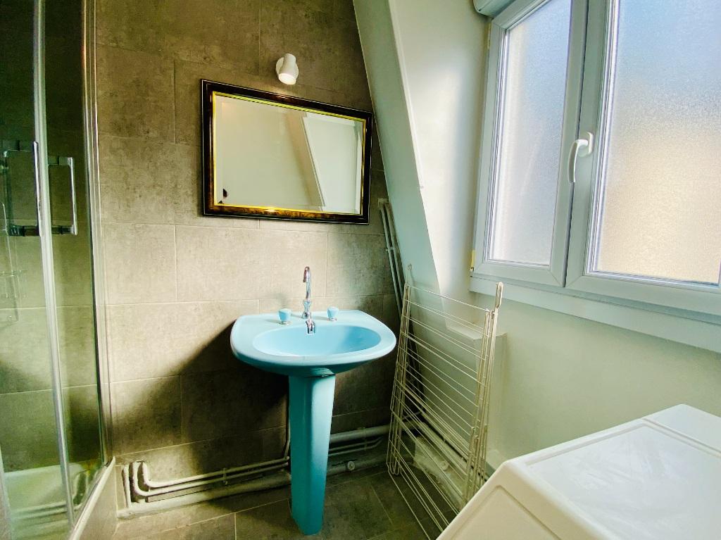 Apartment Paris 2 rooms furnished 32 m2 9