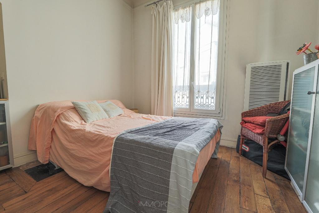 Appartement Paris 2/3 pièce(s) 54 m2 avec Balcon 4