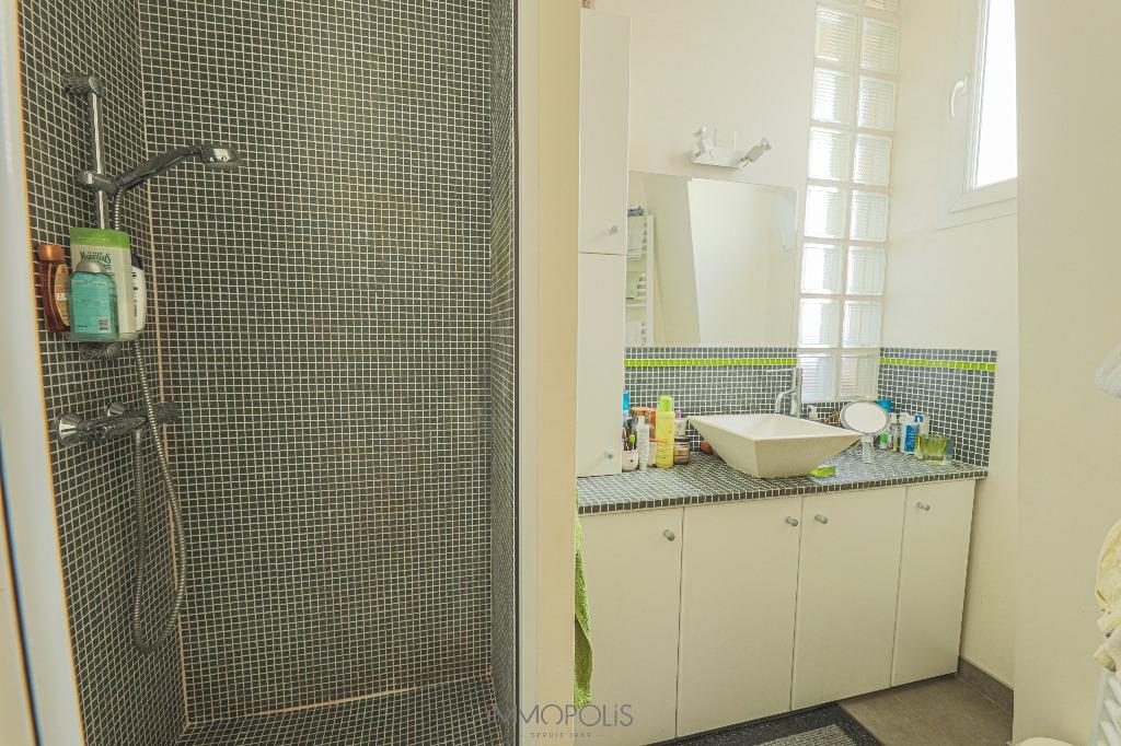 Appartement Paris 2/3 pièce(s) 54 m2 avec Balcon 6