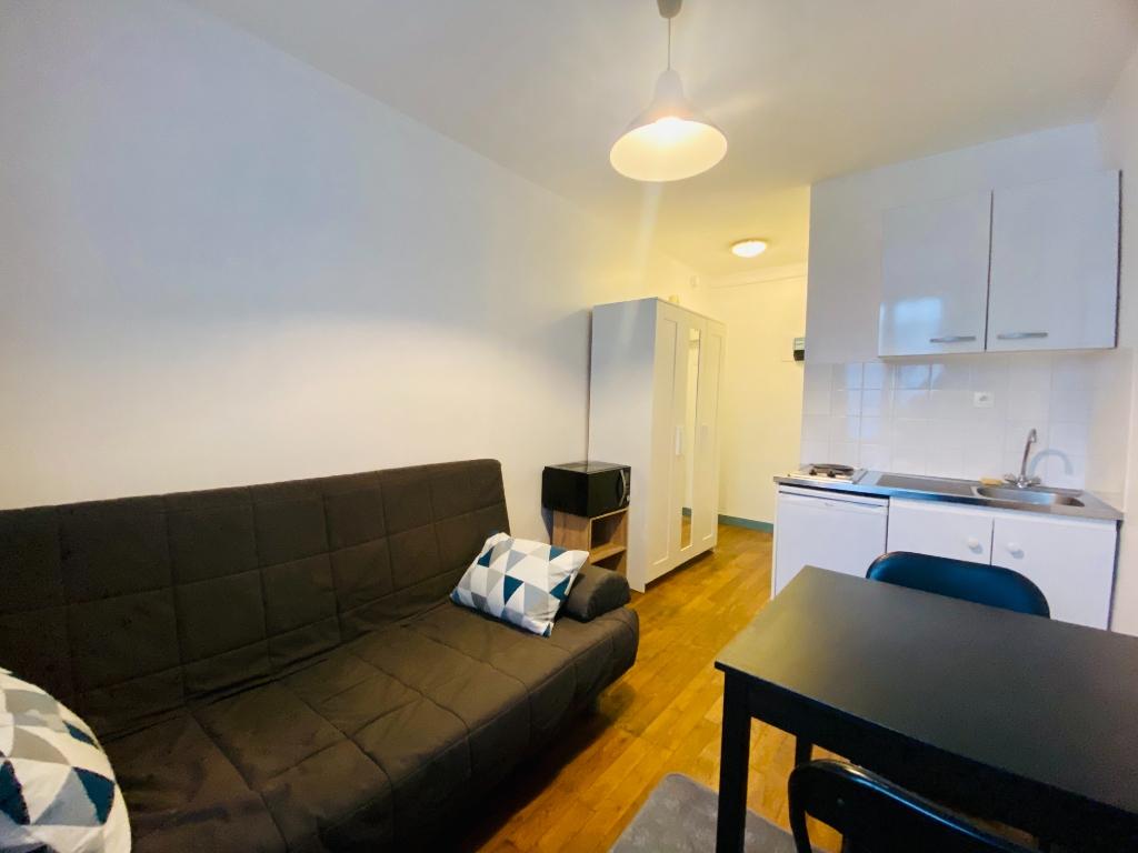 Appartement PARIS 18 – 1 pièce(s) – 13 m2 1