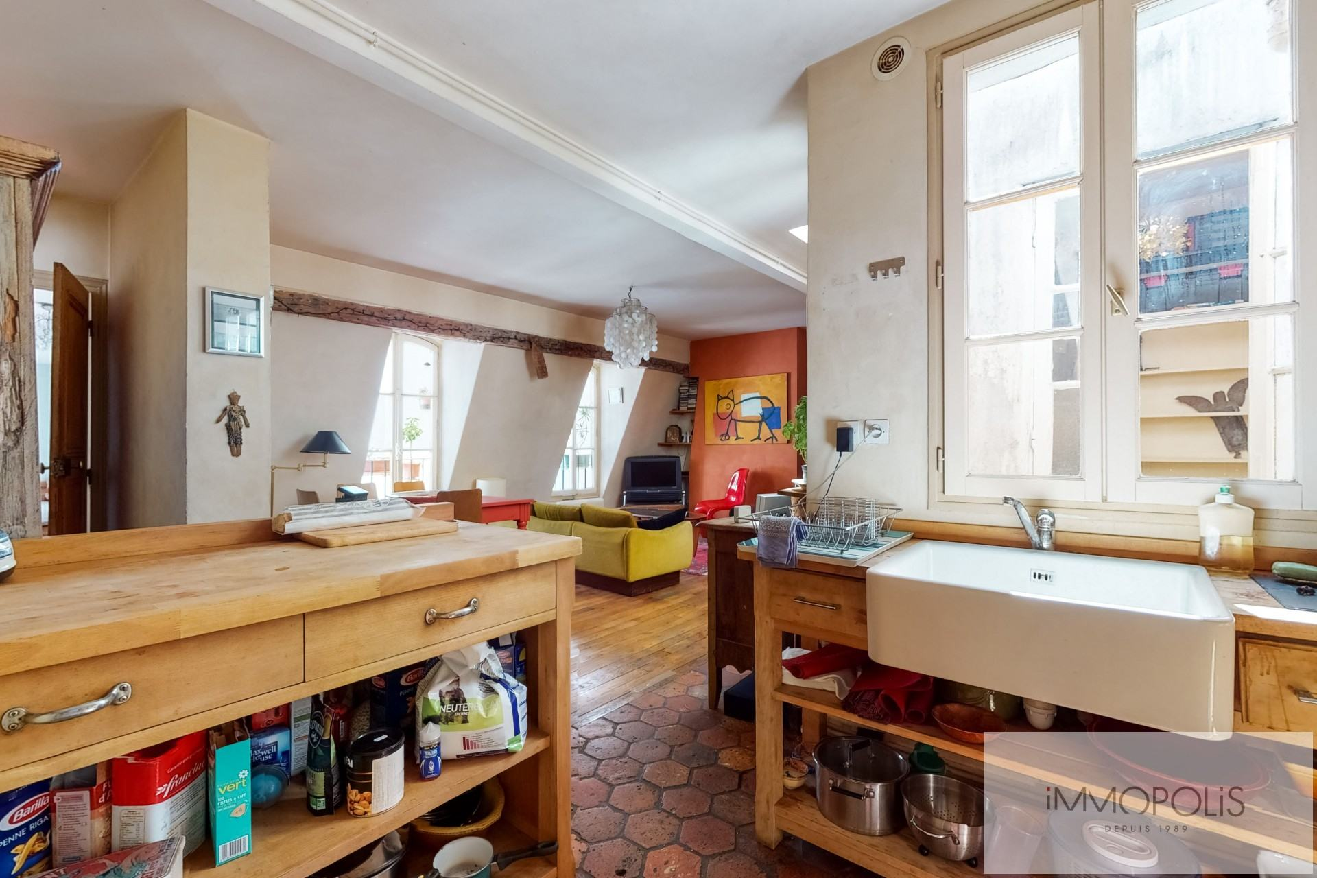 Atypical apartment to renovate, full of charm, rue Richard Lenoir – Paris XIth. 1