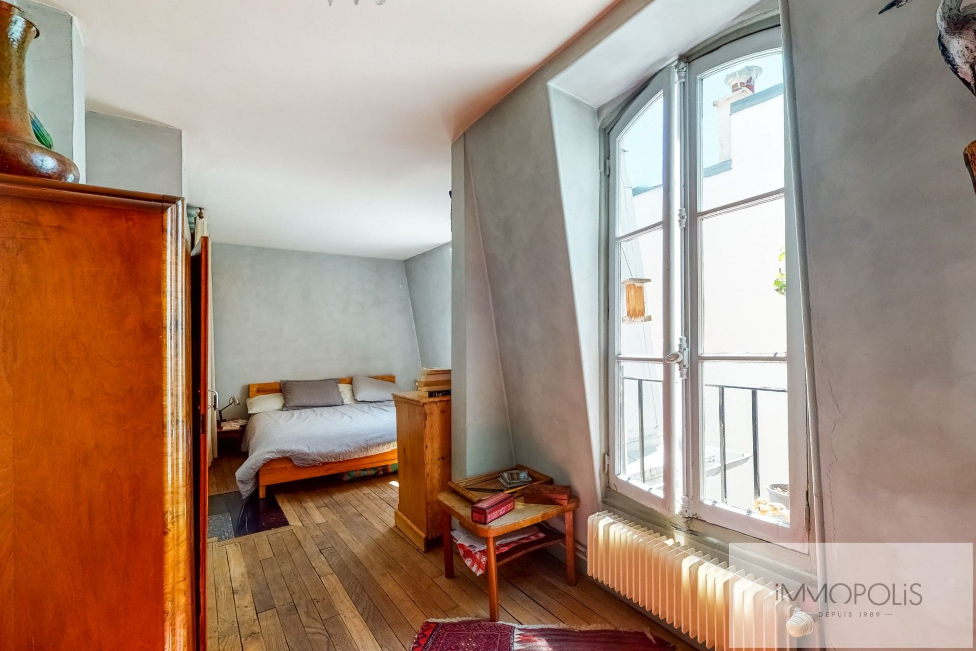 Atypical apartment to renovate, full of charm, rue Richard Lenoir – Paris XIth. 4