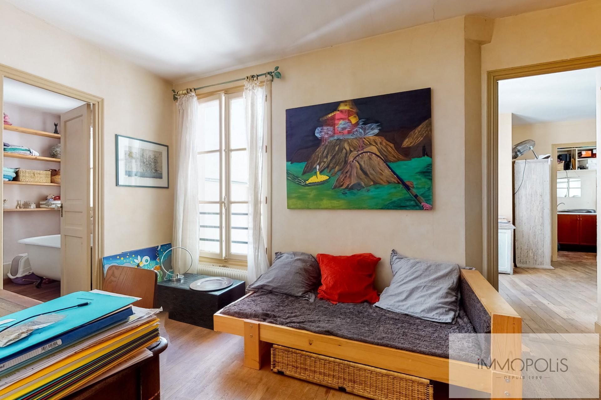 Atypical apartment to renovate, full of charm, rue Richard Lenoir – Paris XIth. 8