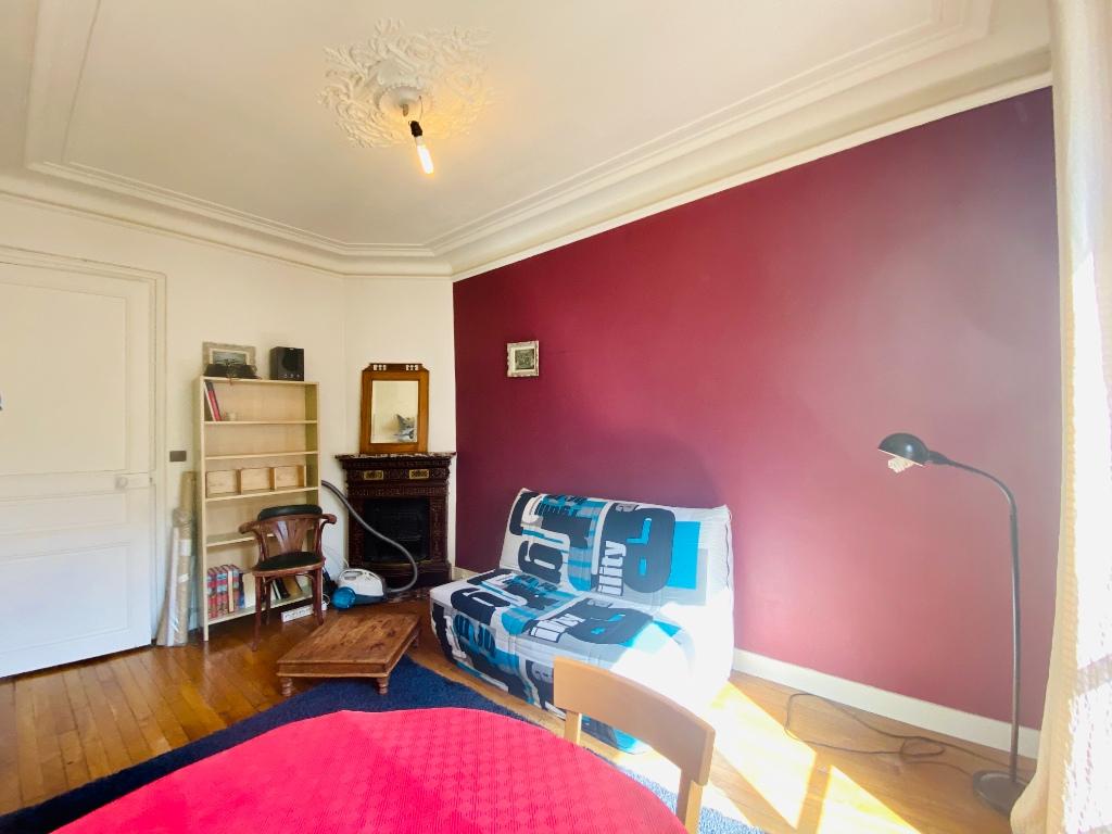 Paris XVIIIth – 2 Pieces Furniture 2