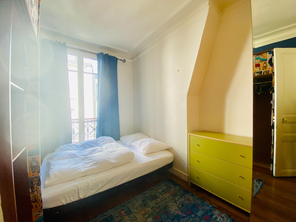 Paris XVIIIth – 2 Pieces Furniture 3
