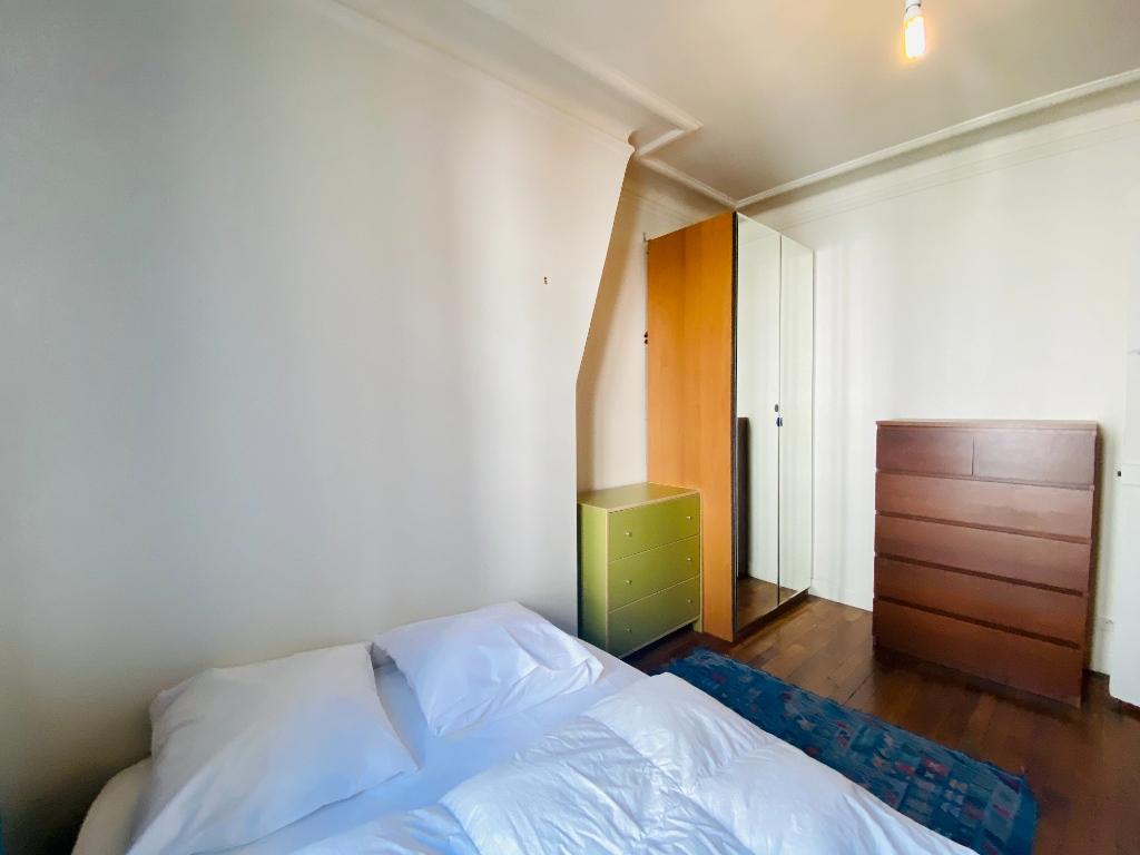 Paris XVIIIth – 2 Pieces Furniture 4