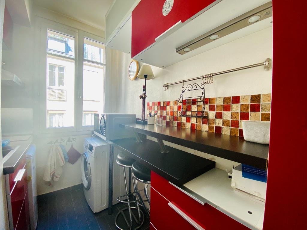 Paris XVIIIth – 2 Pieces Furniture 6